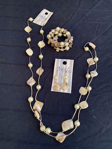 Suzine Blue Jewelry 3 Piece Set