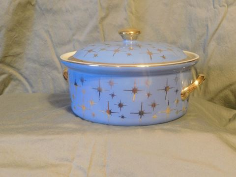 Hall Superior Blue Round Casserole with cover