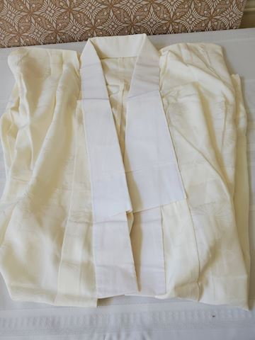 Cream silk Kimono N-1