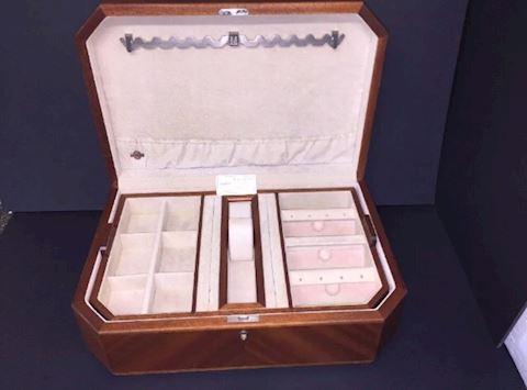 Osvaldo Agresti Briarwood Jewelry Box
