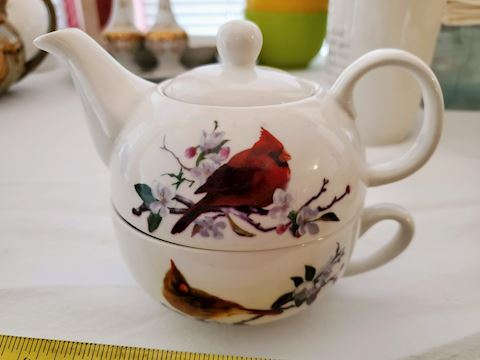 Stackable Teapot and cup