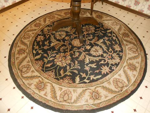 Beautiful round rug