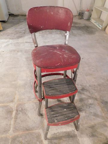 093 Vintage Red Ladder Chair