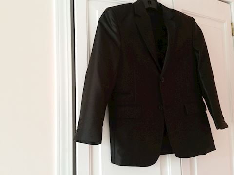 BOY'S TAZIO BLACK TUX 2 PC. JACKET, PANTS SIZE 8