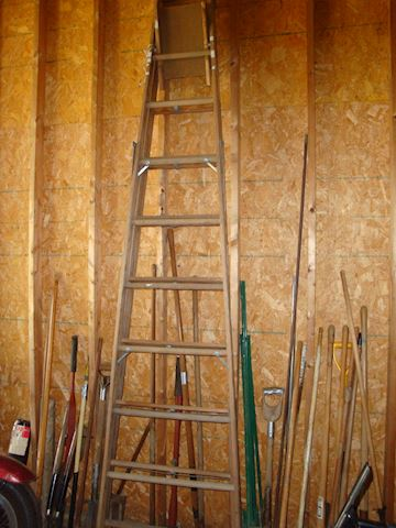10 foot Keller wood ladder Lot #38