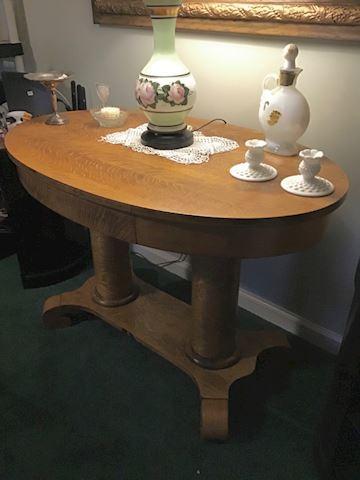 Fabulous oak empire table