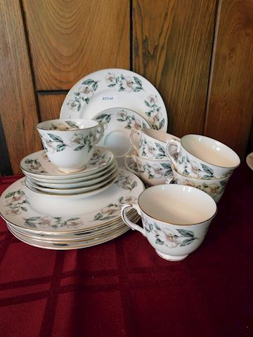 145 White Floral Dishes Set of 6
