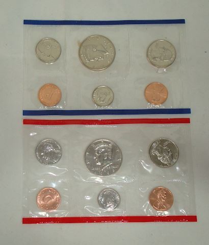 Uncirculated 1996 D and P mints {2 sets}