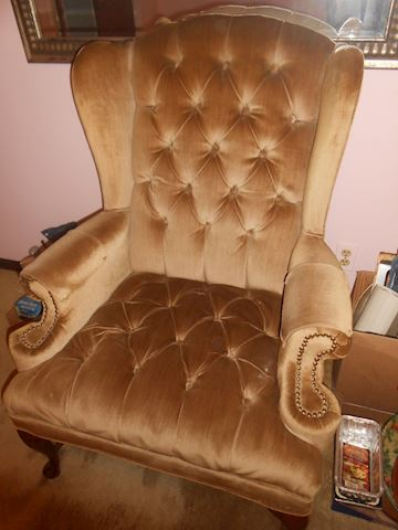 Beautiful tan Queen Anne chair