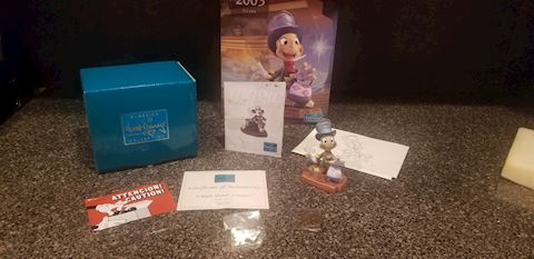 "Disney WDCC Jiminy Cricket Collection ""I made myse"