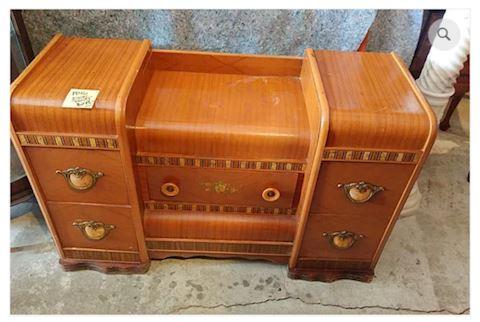 Vintage 1940s Dresser / Vanity