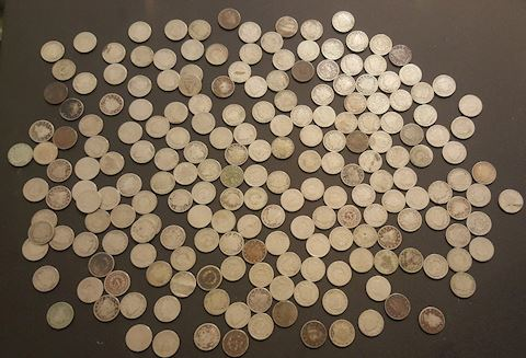Huge Collection of 205 Liberty V Nickels