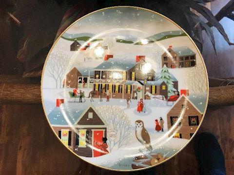 betsey bates 1983 Christmas Plate