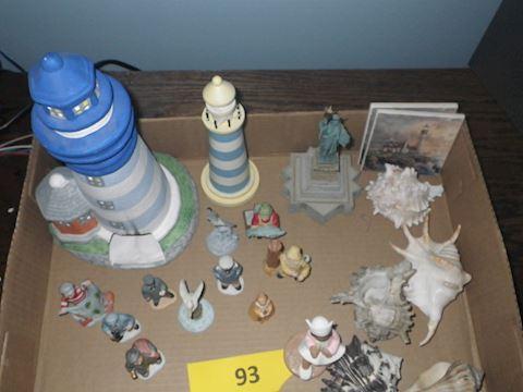 Lot #93 - Lighthouse Decor