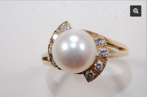 14K GOLD Mikimoto Pearl and Diamond Estate Ring