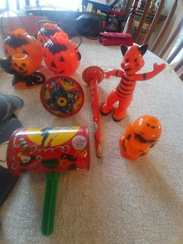 Vintage HALLOWEEN COLLECTABLES