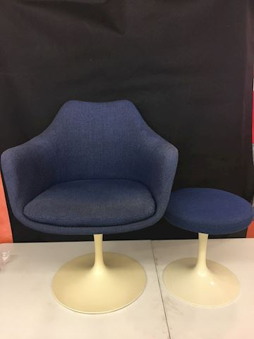 1965 Knoll Saarinen Tulip Arm Chair & Ottoman