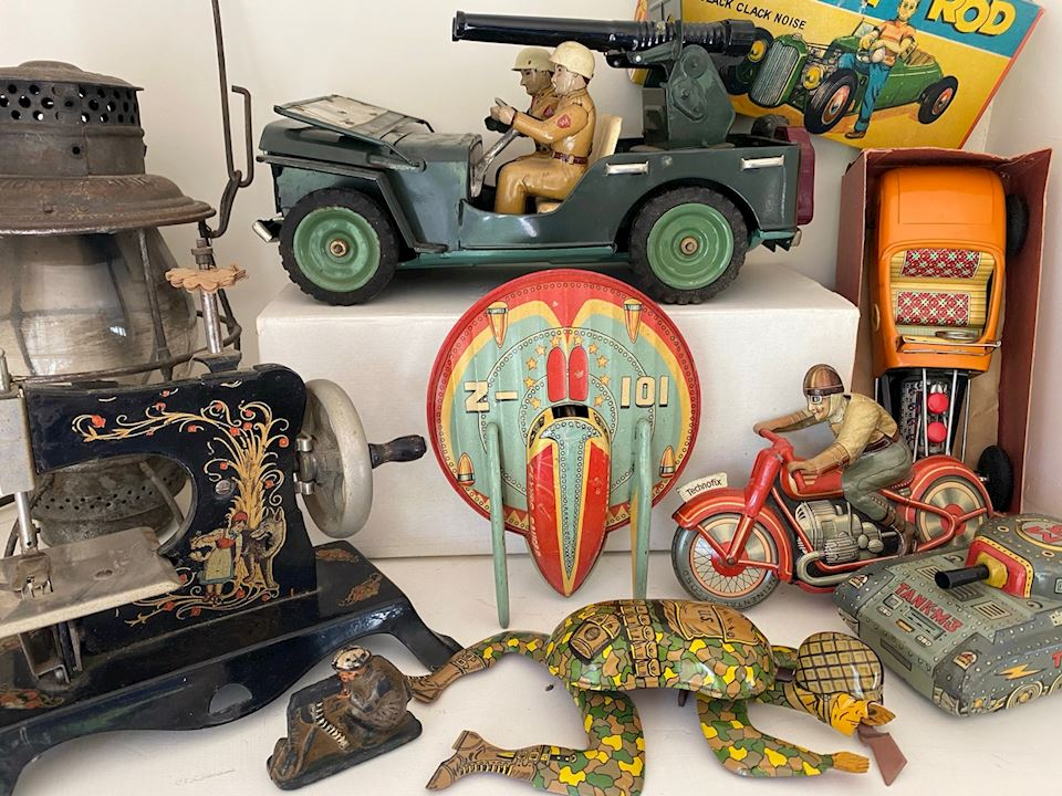 20% off! -  Generations of History and Collectibles in Potomac