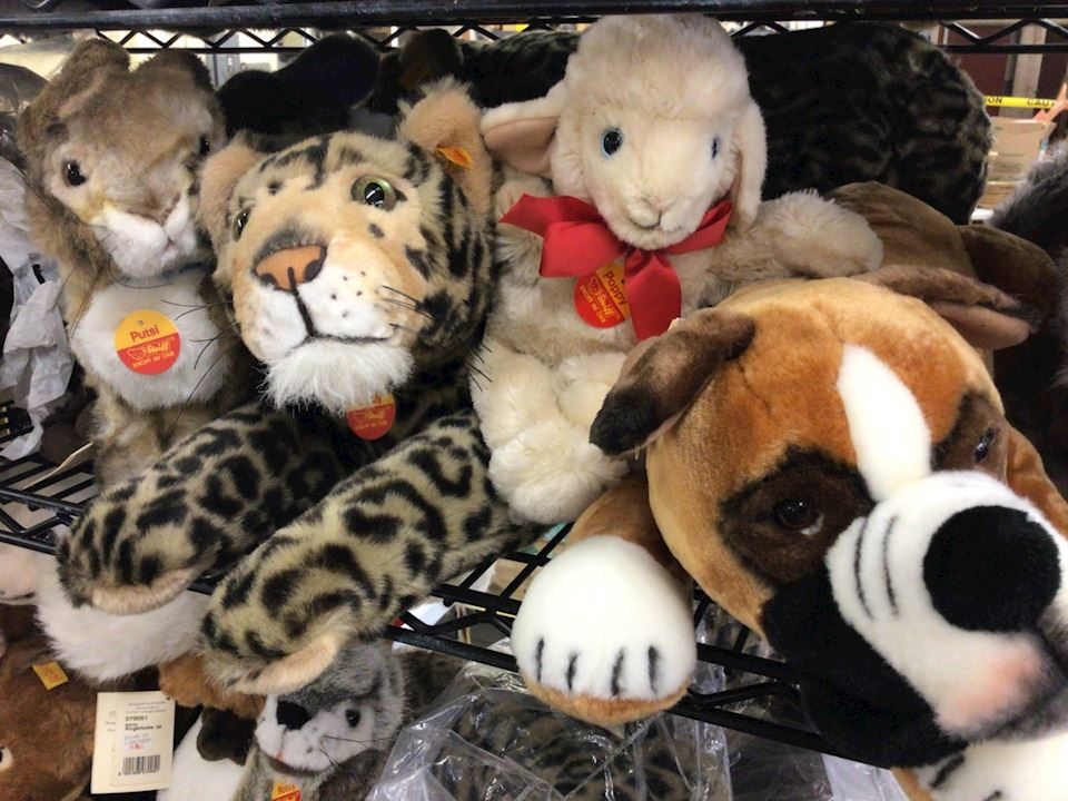 HUGE STEIFF BEARS & ANIMALS ESTATE SALE  PART #1 (60 years of collecting)