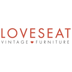 Loveseat Inc. Logo