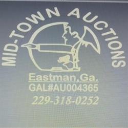 Mid-Town Auctions, LLC Logo