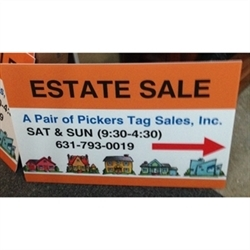 A Pair Of Pickers Tag Sales Logo